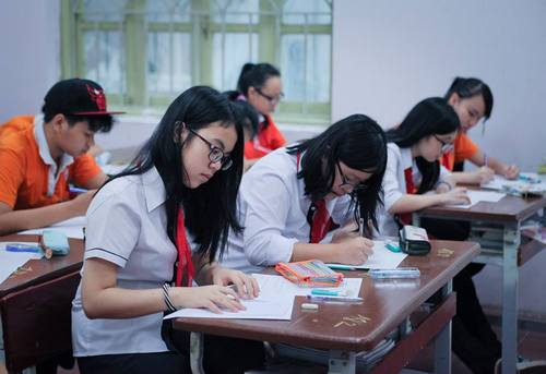 Tuyển sinh vào lớp 10 Bình Định năm 2015 thực hiện 2 phương thức xét tuyển, thi tuyển